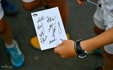 Eugène et Thomas ont eu 24 et 23 autographes de joueuses de tennis chacun