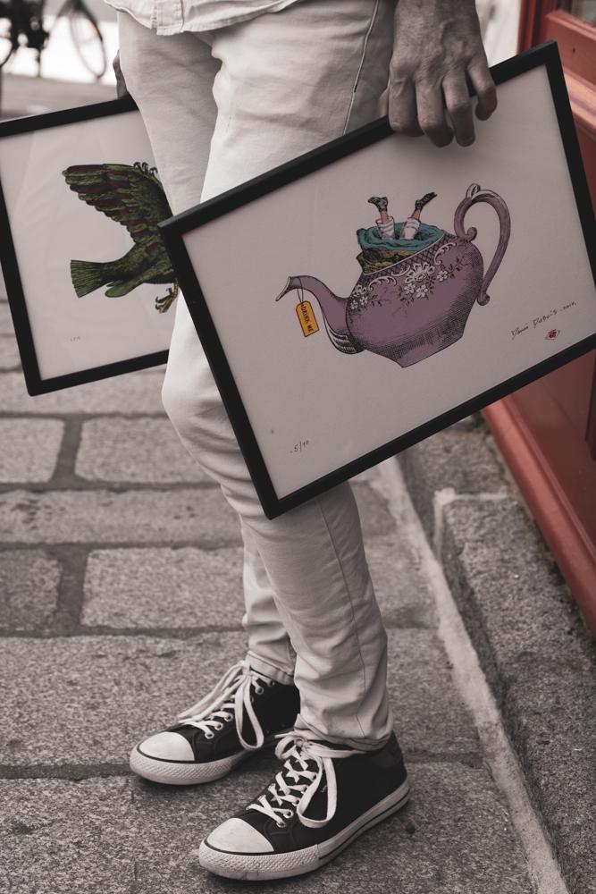 Le Granvillais Denis Dubois est collagiste et sérigraphiste.©Benoit.Croisy