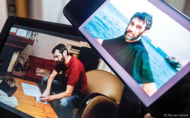 Matthieu Rodriguez réalise un film à Granville.©Myriam.Gantet