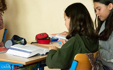 154 élèves ont reçu un dictionnaire lundi 24 et mardi 25 juin 2019.