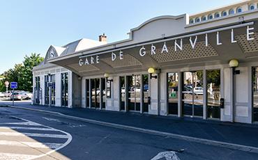 La gare de Granville accueille les voyageurs depuis 150 ans. ©Benoit.Croisy