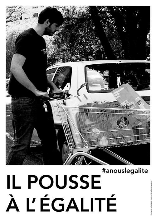 Il pousse à l'égalité. ©Maud Hortala & Cécile Nanjoud